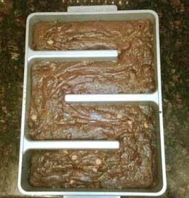 Brownies_in_edge_pan_small
